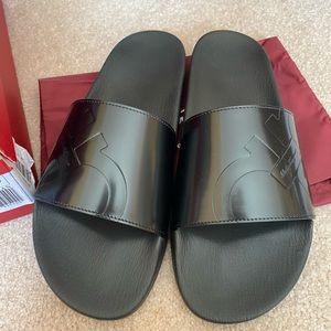 Ferragamo men's sandals NWT size 12m